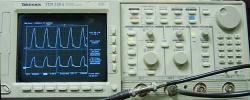 TEKTRONIX TDS520/13/1M OSCILLOSCOPE, DIGITIZING, OPT. 13/1M